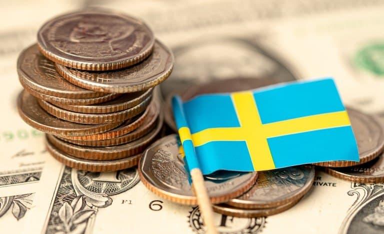 stack mynt med sverige flagga